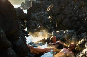 Hot-Springs-Cove-by-Jeremy-Koreski-for-Tourism-Tofino1